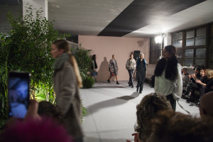 La Fabrique sfilata \ fashion show behind the scenes